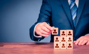 Manual do RH – 5 passos para fazer contratações assertivas